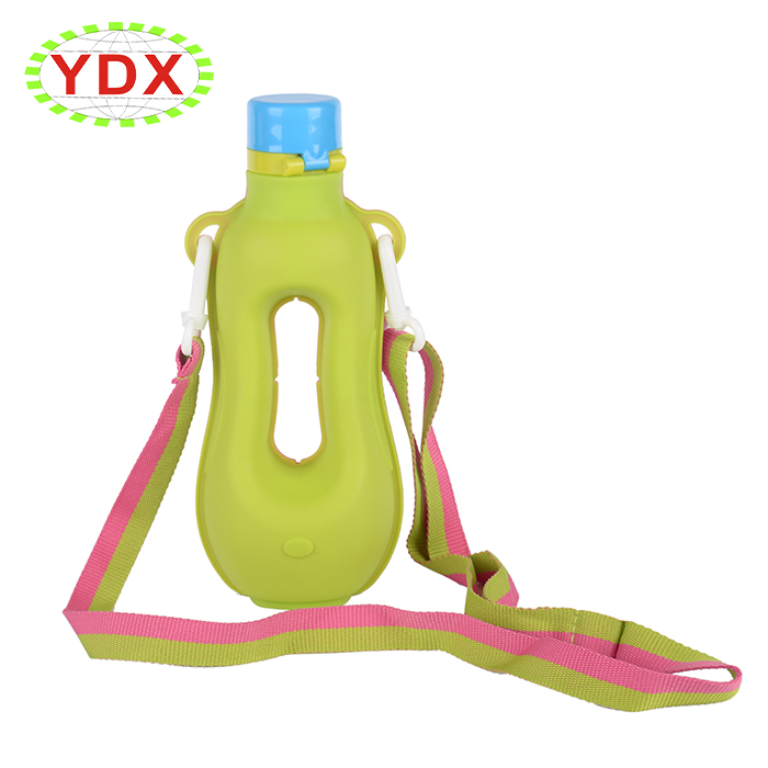 kids silicone water bottle